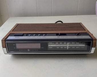 Vintage 80's General Electric Brown Faux Wood Digital Clock Radio ~ Works