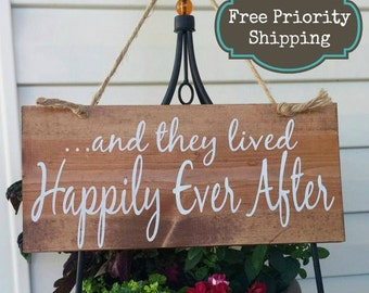 And they lived happily ever after Sign - Wedding Sign -Bride Signs - Ring bearer Sign - Country wedding Sign - Wedding decor - wedding decor