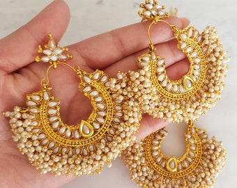 Pearl Indian Earrings and Maang Tikka Jewelry Set - Indian Jewelry, Indian Wedding Jewelry, Gold Tikka and Earrings, Bridal Jewellery