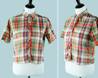 1950s Women's Plaid Button Up Shirt - 1950s Blouse - Collar - Red Buttons - Short Sleeves