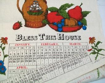 1970 Linen Towel, Luther Travis, Red Daisies, calendar towel, kitchen