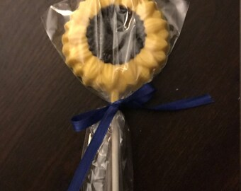 Sunflower Chocolate Lollipops