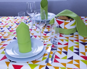 Colorful tablecloth 160 x 130 cm with triangles