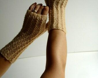 Champagne Pale Honey Beige Kid Mohair Hand Knit Fingerless Gloves