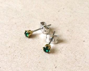 emerald vintage gemstone stud earrings