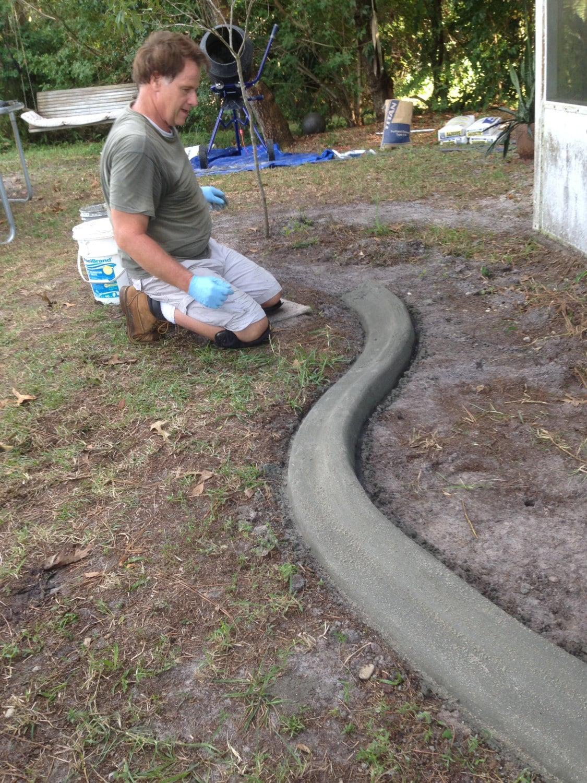 Custom concrete curbing edging landscaping do it yourself for Bordure de jardin beton brico depot
