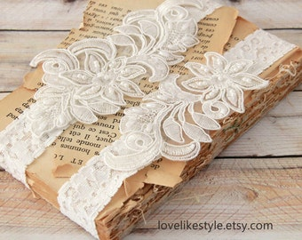 Light Ivory Pearl Beaded Lace Wedding Garter Set , Ivory Lace Garter Set, Toss Garter , Keepsake Garter  / GT-58