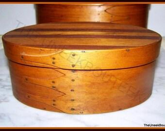 Antique Oval Shaker Wooden Box - 4 Fingers -Left Facing -Inlay Top -Original 1800's Mt Lebanon Shaker Oval Box -Americana -Fertig Collection
