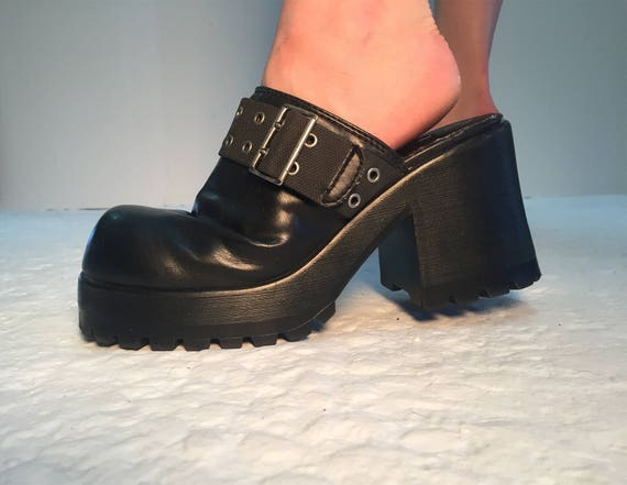 90s VEGAN No Boundaries Military Industrial Goth Cyber Punk Valley Girl  Faux Leather Black Clogs Women's 9