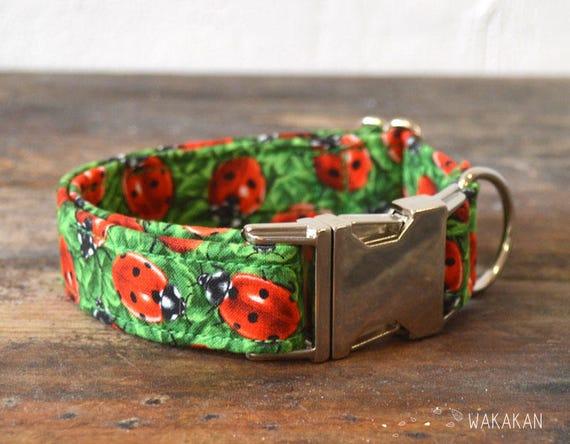 Ladybug  dog collar adjustable. Handmade with 100% cotton fabric. bug  pattern. Wakakan