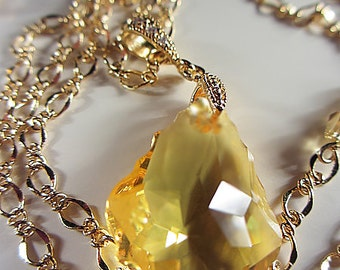 Swarovski Light Topaz Crystal Necklace Topaz  Necklace Golden Yellow Swarovski Citrine Crystal Amber Necklace Sunshine Necklace Gift for Her
