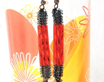 Red dangle earrings with black - sparkly beaded dangling ear jewelry - handmade beadwork - long seed and bugle bead earrings - party jewelry