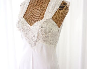 Antique Nightgown 1930s Blush Pink Lace Bodice Rayon HiStepper 36