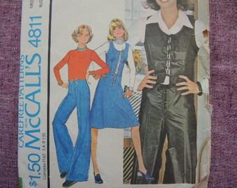 vintage 1970s McCalls sewing pattern 4811 misses vest skirt and pants  size 12