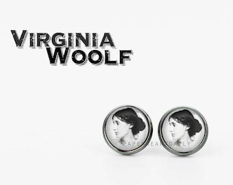 Virginia Woolf Earrings - Literature Jewelry - Book Earrings -  Literary Jewelry - Bookish Jewelry - Literature - Book Gifts - (H6557)