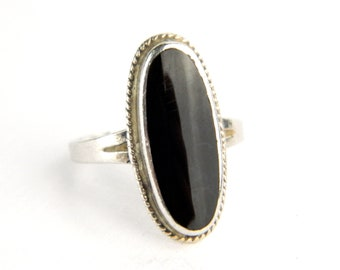 Vintage Sterling Silver Elongated Black Onyx Ring - Native American Navajo Southwestern - Boho - Size 7 - Signed