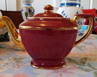 Beautiful 1930s Hall Teapot