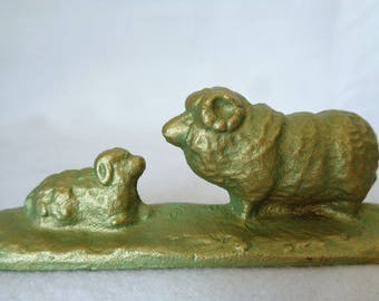 """VJ766 :Japanese Calligraphy Paperweight , IronPaperweight """"Sheeps"""",made in Japan"""