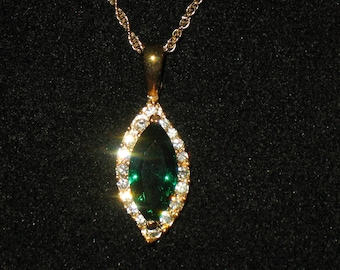 Prong Set Emerald Green Marquis Rhinestone Pendant Necklace 18 inch