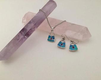 Lock shaped earring pendant set