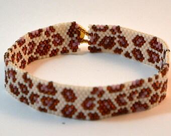 Jungle peyote stitch bracelet