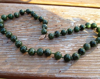 Vintage Jade Beaded Necklace