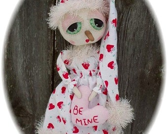 Primitive Valentine Snowgirl Doll with Heart Oh So Cute ePattern