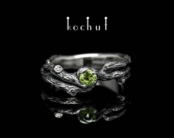 Peridot ring, silver twig ring, branch ring. Silver peridot ring from Kochut twig collection.