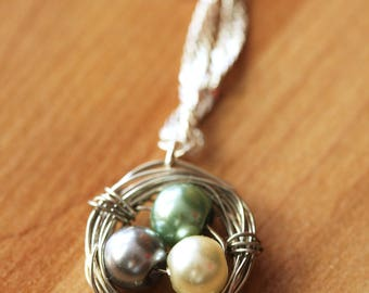 Wire Wrapped Pearls Bird Nest Pendant Necklace, Eggs in a Nest Necklace, Hummingbird Nest Pendant Necklace, Dainty Layering Necklace