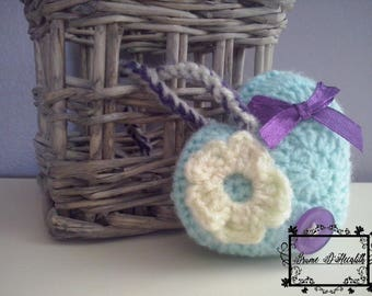 Soft with a touch of purple heart deco seagreen, yellow
