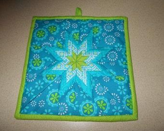 Folded star potholder