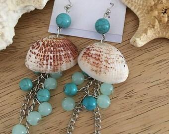 Shell drop earrings~ CLEARANCE