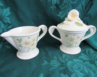 Metlox Daisy PoppyTrail Sugar and Creamer set, Veronware, California Pottery