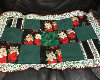 """14"""" x 21 1/2"""" Table Runner with Kittens"""