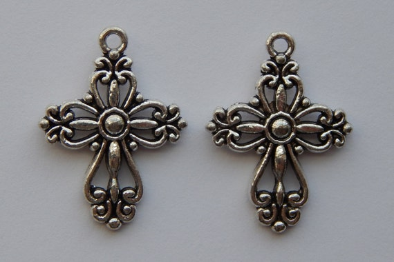 5 Pieces of Jewelry Bead Charms - 28mm Antique Silver Color Religious Cross, Beautiful Victorian Style, Pendants, Christian Findings
