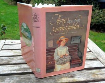 Vintage Anne de Green Gables relié, Lucy, couverture de papier de couleur, belle couleur illustrations, childrens histoire classique