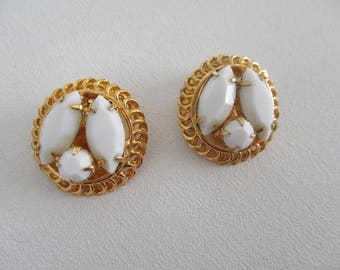 Vintage Clip Earrings White Milk Glass Stones Gold Tone Juliana Style Retro Costume Jewelry