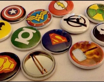 "Super Heroes 1"" pin Buttons Set Of (12)"