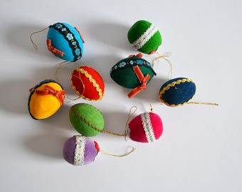 Easter eggs / 1960s / flocked / small / cute / easter deco / Germany / mid century / modern kitchen
