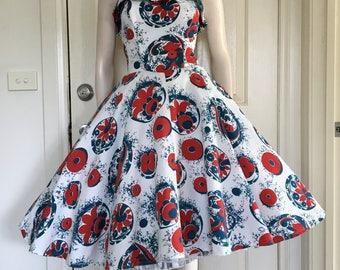 ON SALE  Cute 50s 60s Strapless Cotton Party Dress / Full Skirt / Medium