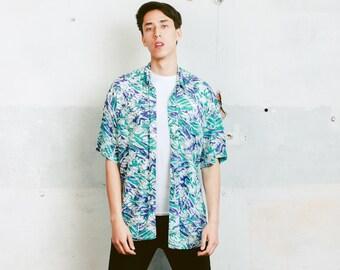 Vintage Men Shirt . 90s Vintage Men's Short Sleeve Abstract Print Patterned 90s Shirt Bold Print Shirt . size Large L