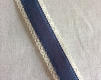 """New Flocked Dark Blue and White Lace Craft Ribbon Trim 1-3/8"""" wide x 15-5/8 yards long"""