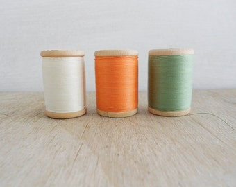 Vintage Wooden Thread Spools / Set of 3 / Off White - Orange - Green / Soviet Union Sewing Cotton Threads