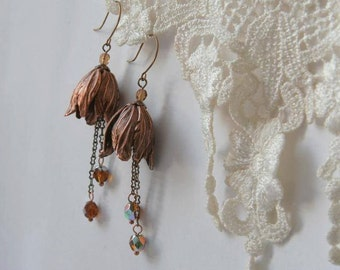 Tulip Earrings, Fairy earrings, Floral jewelry, Nature jewelry, Chain dangling earrings