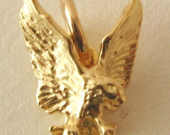 Genuine SOLID 9ct YELLOW GOLD Eagle Animal charm pendant