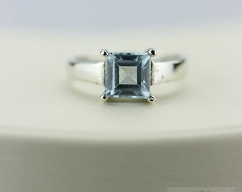 PETITE Size! AQUAMARINE Size 6.5 Radiant Cut (Nickel Free) Silver Ring & Worldwide Express Shipping r154