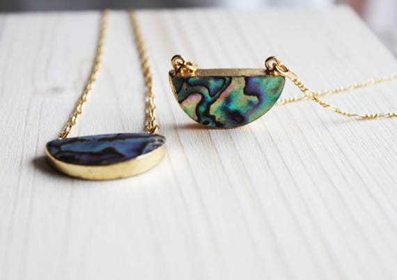 Mid-long necklace, mother of Pearl Abalone, half moon, chain pendant link Figaro