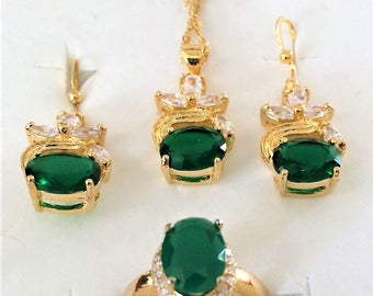 EMERALD Vintage 1940s Reproduction Green CZ Cubic Zironia SET; Necklace, Earrings, & Ring Size 6.5; Beautifully Gift Boxed!