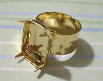 Gold Adjustable Hammered Band Ring Blank with 18 x 13 mm Octagon Setting