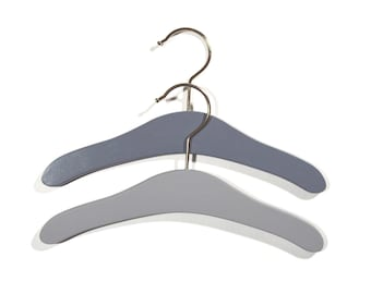 Set of 2 small wooden hanger for baby - grey